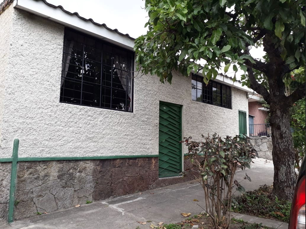 Scholarship house in San Salvador for students from communities